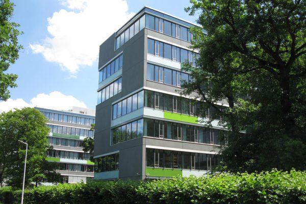 Gebäudefassade-3-600x400