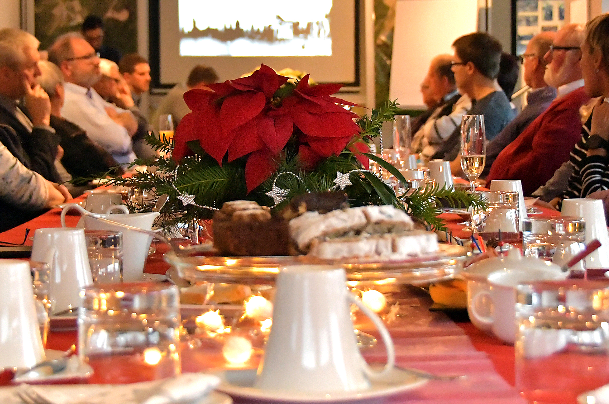 RÖHRIGgranit invites to coffee and pastries in Advent